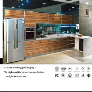 UV High Glossy Wood Pattern Kitchen Cabinet (FY5482) pictures & photos