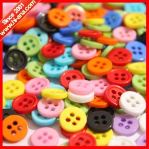 Trade Assurance Good Price Sew Button pictures & photos