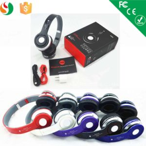 Generic Wireless on-Ear Bluetooth Headphone pictures & photos