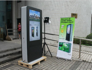 55inch Floor Standing LCD Information Kiosk pictures & photos