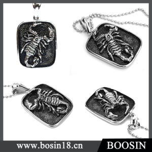 Fashion Animal Embossed Scorpion Metal Pendant Necklace for Men pictures & photos