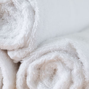 100% Cotton Plain White Towel (DPF2416) pictures & photos