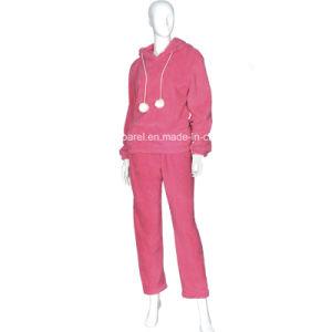 Women′s Basic Design Velvet Pyjamas pictures & photos