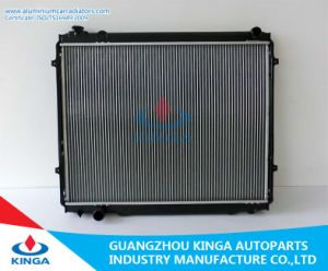 Hot Selling Auto Parts Radiator for Toyota Tundra 3.4L V6′00-04 Mt pictures & photos