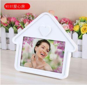 Customized Wooden Photo Frame/Customer Design Photo Frame/Gifts Photo Frame Cx-PT17 pictures & photos