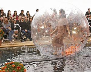 Hot Sale Water Walking Dancing Ball for Dance Show pictures & photos