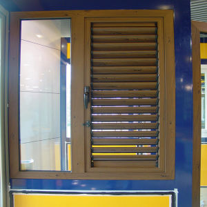 Hand-Operated Louver Window with Fixed Window (TS-1132) pictures & photos