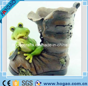 Polyresin Resin Garden Frog Boot Flowerpot pictures & photos