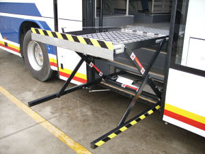 Wl-Uvl-1300 Mobility Wheelchair Lifts for Buses for Disabled People and Old People pictures & photos