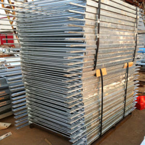 Hot Dipped Galvanized Pedestrian Barrier pictures & photos