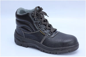 Ufb009 Cheap Black Steel Toe Safety Shoes pictures & photos