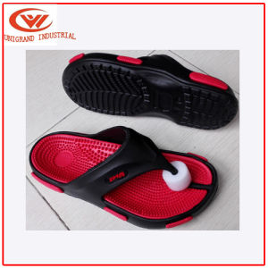 High Quality Male Indoors Slippers pictures & photos