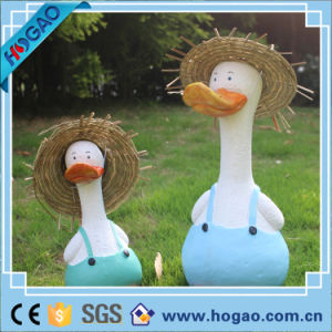 Two Cute Ducks on Lawn Best Garden Decoration pictures & photos