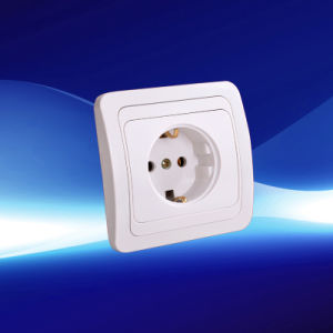 European New Style Wall Socket with Grounding