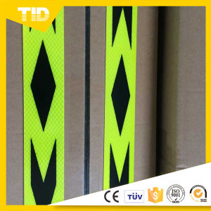 Diamond Grade Reflective Arrow Tape pictures & photos