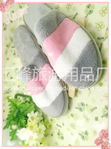 2015 Best Selling New Design Colorful Indoor Hotel Slippers