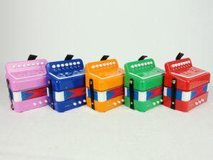 Sinomusik Colour 7-Button Accordion for Kids pictures & photos
