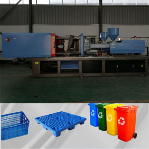 Xw240t Servo Motor Injection Molding Machine for Plastic