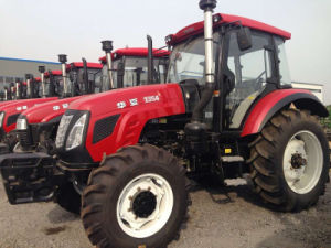 Huaxia 135HP 4WD Ago Tractor with All Kinds of Implements pictures & photos