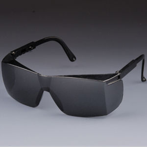 Black Eyeglasses with Adjustable Temple pictures & photos