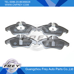 Brake Pads for Mercedes Benz Sprinter OEM No. 0024203920 pictures & photos