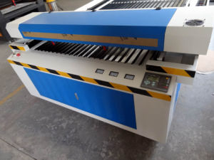 Professional CO2 Laser Cutter Machine for Wood Cutting Flc1325D pictures & photos