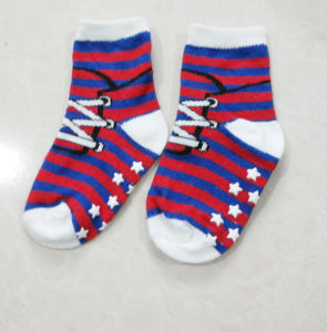 Baby′s 100 Cotton Loose Cuff Anti-Slip Boy′s Baby Socks pictures & photos