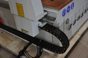 CNC Router with Linear Automatic Tool Changer pictures & photos