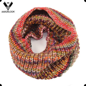 Fashion Colorful Iceland Yarn Neck Warmer Designer Scarf pictures & photos