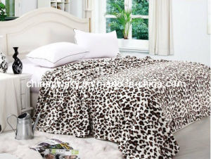 100% Polyester Leopard Printed Coral Fleece Blanket pictures & photos