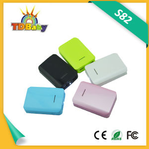 6000mAh Dual USB Output Smaller Portable Power Bank (S82)