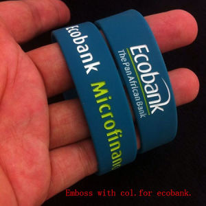 Promotional Silicon Wristband with Logo for Gift (KWR-001) pictures & photos