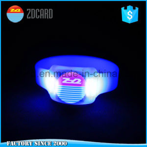 Party Supplies LED Wristband Programmable Remote Controlled LED Bracelet pictures & photos
