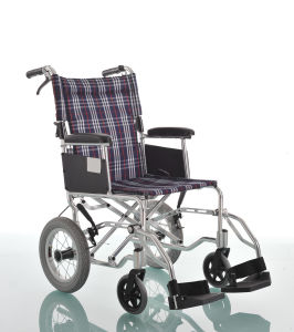 Amw06 Colorful Plaid Nylon Surgical Wheel Chair pictures & photos