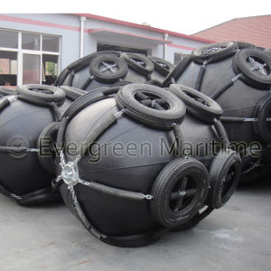 Floating Type Yokohama Pneumatic Rubber Marine Fenders Combined with ISO 17357 in The Shipyard pictures & photos