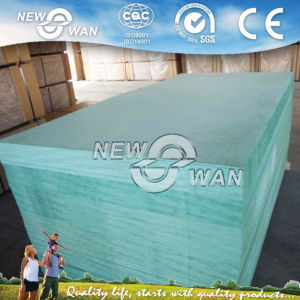 Hmr Moisture Resistant MDF Board / Green MDF pictures & photos