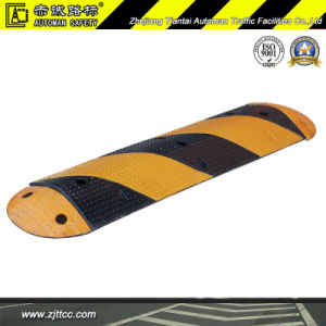 Reflective Industrial Rubber Car Speed Safety Reducing Bump (CC-B31) pictures & photos