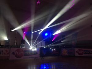 Robin Pointe Sharpy Stage Lighting 10r Beam Moving Head Spot 280 pictures & photos