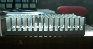 Most Welcomed and Extruded Aluminum/Aluminium Heatsink