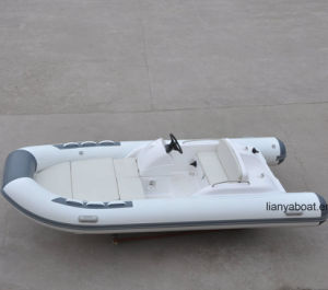 Liya 4people Rigid Inflatable Rubber Boat with Motor for Sale pictures & photos