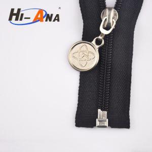 SGS Certification Custom Sale Zipper Slider pictures & photos