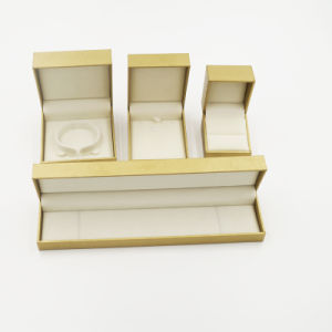 Leatherette Paper Flock Flocking Jewelry Box (J61-E2) pictures & photos