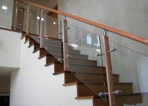 High Quality Steel Wood Raling Stair with Tempered Glass pictures & photos