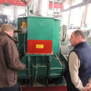 Hydraulic Turnover Type Kneading Machine pictures & photos