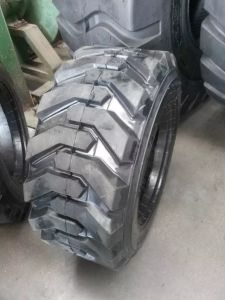 Supply Chinese Solid Forklift Tires 21*7*15 18*8*12 1/8 pictures & photos