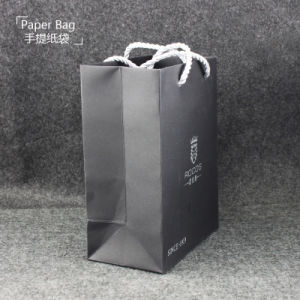 Simple Style Black Paper Packing Bag with Handle pictures & photos