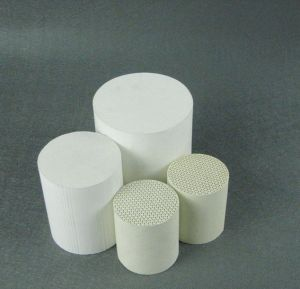 Catalyst Carrier Honeycomb Ceramic Substrate Ceramic Honeycomb pictures & photos