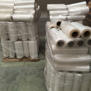 PE Hand Held Plastic Stretch Wrap Film pictures & photos