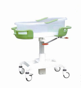 Hi-Low Adjustable Hospital Used Baby Crib (XH-F-1) pictures & photos
