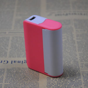 3000mAh Power Bank with Mirror and Holder 2014 Hot Sale pictures & photos